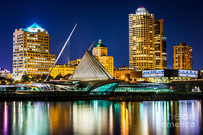 Blue Buildings Photograph - Picture Of Milwaukee Skyline At Night by Paul Velgos
