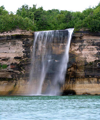 Photograph - Pictured Rocks Waterfall by Robert Lozen