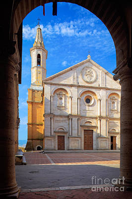 Pienza Duomo Art Print by Inge Johnsson