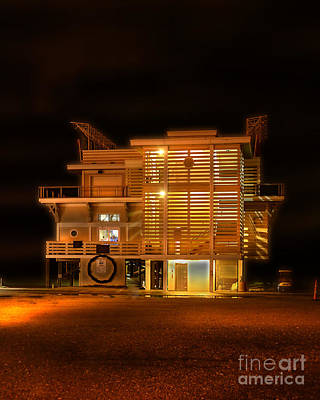 Photograph - Pier House Restaurant Myrtle Beach by Kathy Baccari