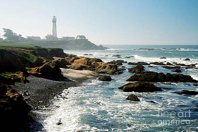 Photograph - Pigeon Point Lighthouse by Frank Townsley