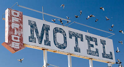 Photograph - Pigeon Roost Motel Sign by Scott Campbell
