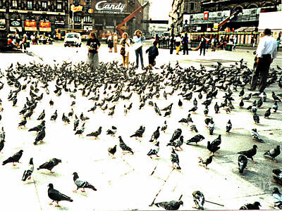Photograph - Pigeons In Piazzo Duomo Milan Italy by Merton Allen