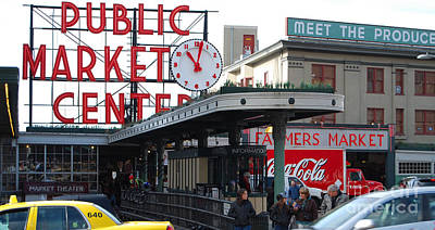 Pike Place Market Center Art Print