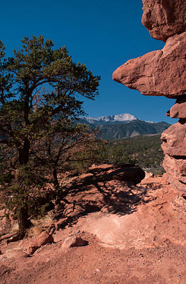 Photograph - Pikes Peak From Garden Of The Gods. by Al Reiner