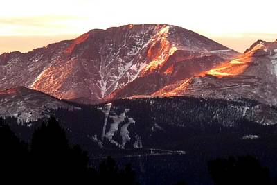 Photograph - Pikes Peak Sunrise Close-up by Marilyn Burton