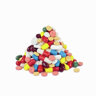 Pile Of Pills Art Print by Geoff Kidd