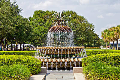 Pineapple Fountain In Waterfront Park Art Print
