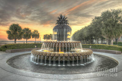 Photograph - Pineapple Fountain Sunset by Dale Powell