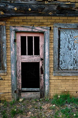 Photograph - Pink Door by Ron Weathers