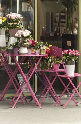 Pink Flower Table Paris Art Print