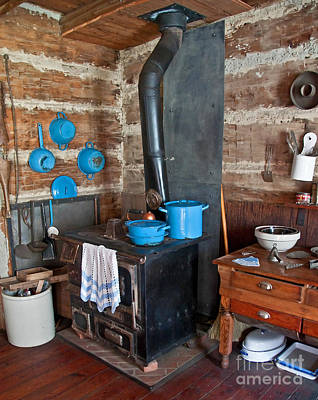 Photograph - Pioneer Kitchen by Valerie Garner