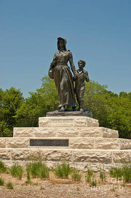 Bryant Photograph - Pioneer Woman Statue, Oklahoma by Richard and Ellen Thane