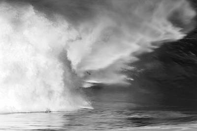 Surfing Photograph - Pipe Spit by Sean Davey