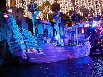 Photograph - Pirate Ship by Ricardo J Ruiz de Porras