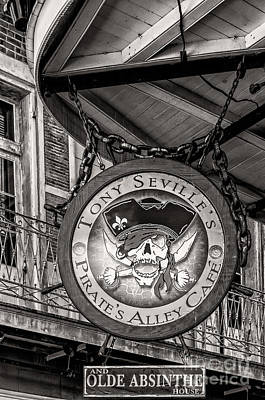 Photograph - Pirate's Alley Cafe - Nola by Kathleen K Parker