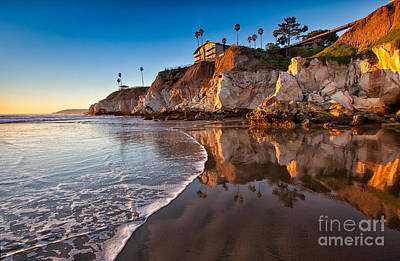 Pismo Cliffs And Reflections Art Print