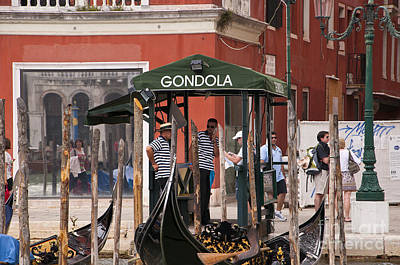 Photograph - Pit Stop In Venice by Brenda Kean