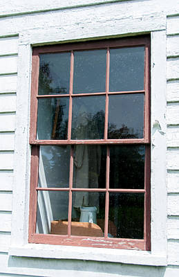 Photograph - Pitcher Window by Guy Whiteley