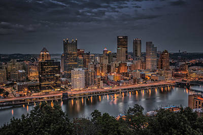 Photograph - Pittsburgh Night Lights by Erwin Spinner