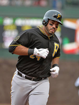 Scoring Photograph - Pittsburgh Pirates V Chicago Cubs by Brian Kersey
