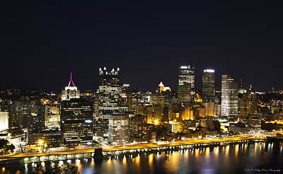 Photograph - Pittsburgh Skyline by Kathy Ponce