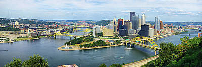 Downtown Pittsburgh Photograph - Pittsburgh Skyline by Georgia Fowler