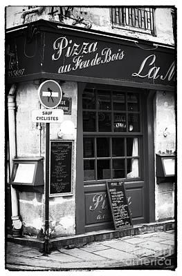 Of Artist Photograph - Pizza Au Feu De Bois by John Rizzuto