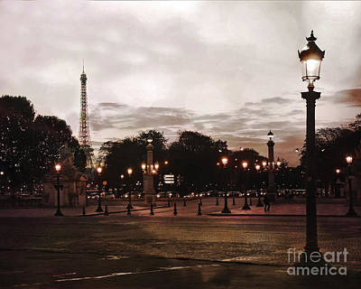 Paris Place De La Concorde Sepia Art - Paris Eiffel Tower View Place De La Concorde Street Lamps  Art Print