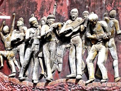 Plaque Of Band Playing Lisbon Art Print