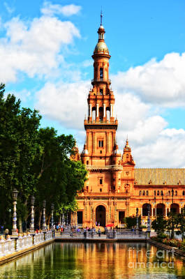Sunday Afternoon Photograph - Plaza De Espana On A Sunday Afternoon by Mary Machare