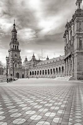 Plaza De Espana Seville Bw Art Print by Joan Carroll