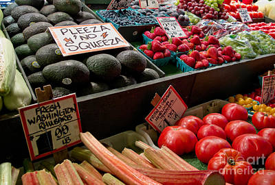 Avacado Photograph - Pleeza No Squeeza by Arlene Carmel