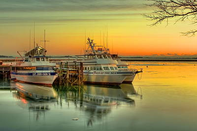 Plymouth Massachusetts Photograph - Plymouth Harbor by Jack Costello