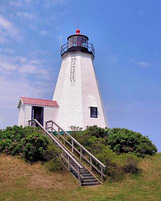 Photograph - Plymouth Light by Janice Drew