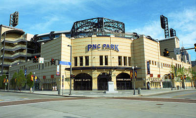 Pnc Park - Pittsburgh Pirates Art Print by Frank Romeo