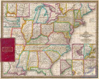 Pocket Map Of The United States Art Print by Paul Fearn