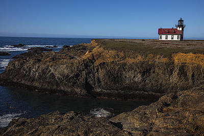 Mendocino Photograph - Point Cabrillo Lighthouse by Garry Gay