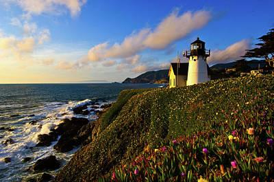 Point Montara Lighthouse At Coast Art Print