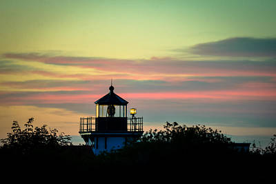 Photograph - Point No Point Lighthouse Sunset by Ronda Broatch