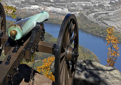Photograph - Point Park Cannon by Carol Erikson