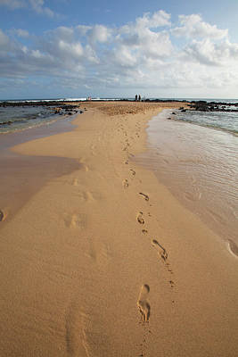 Poipu Photograph - Poipu Beach Park, Poipu, Kauai, Hawaii by Douglas Peebles