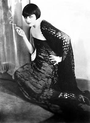 Pola Negri Photograph - Pola Negri, Ca. 1925 by Everett