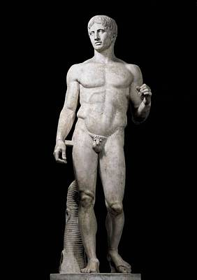 In The Round Photograph - Polyclitus 5th C. Bc. Doryphoros. 440 - by Everett