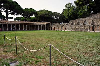 Photograph - Pompei-108 by Rezzan Erguvan-Onal