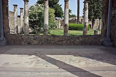 Photograph - Pompei-80 by Rezzan Erguvan-Onal