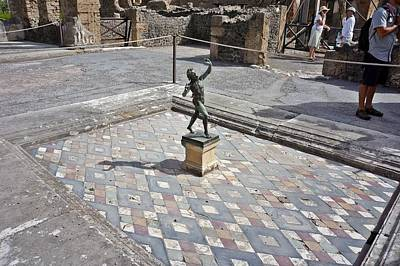 Photograph - Pompei-84 by Rezzan Erguvan-Onal