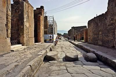 Photograph - Pompei-87 by Rezzan Erguvan-Onal