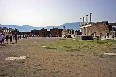 Photograph - Pompei-96 by Rezzan Erguvan-Onal