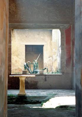 Art Print featuring the photograph Pompeii Courtyard by Marna Edwards Flavell